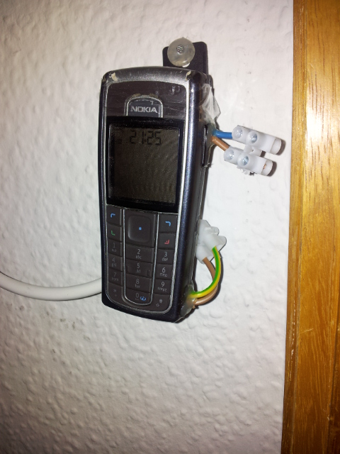 How to build a low-cost GSM door opener   en code-bude net