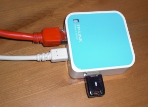 tp-link wr703n with thumbdrive