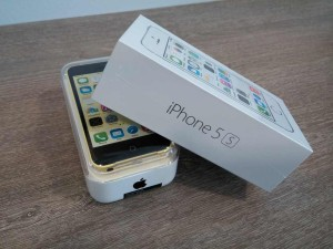 iPhone 5s giveaway – Win 1 of 10 new iPhone 5s